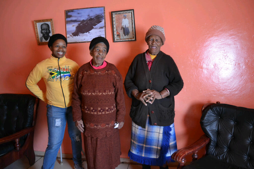 Kelehes family in celebratory mood over his win taungdailynews the family of gift kabelo kelehe 33 was in joyful mood after their son won comrade marathon 2015 on sunday negle Images
