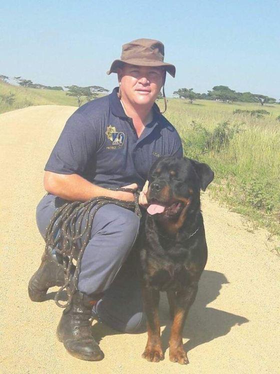 Sgt Altus Coetser and Tiger